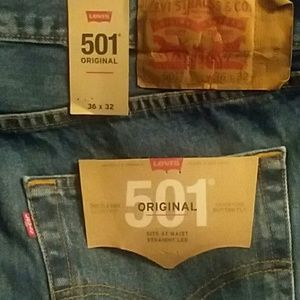 Levi's 501 Original  Button Fly Straight Leg